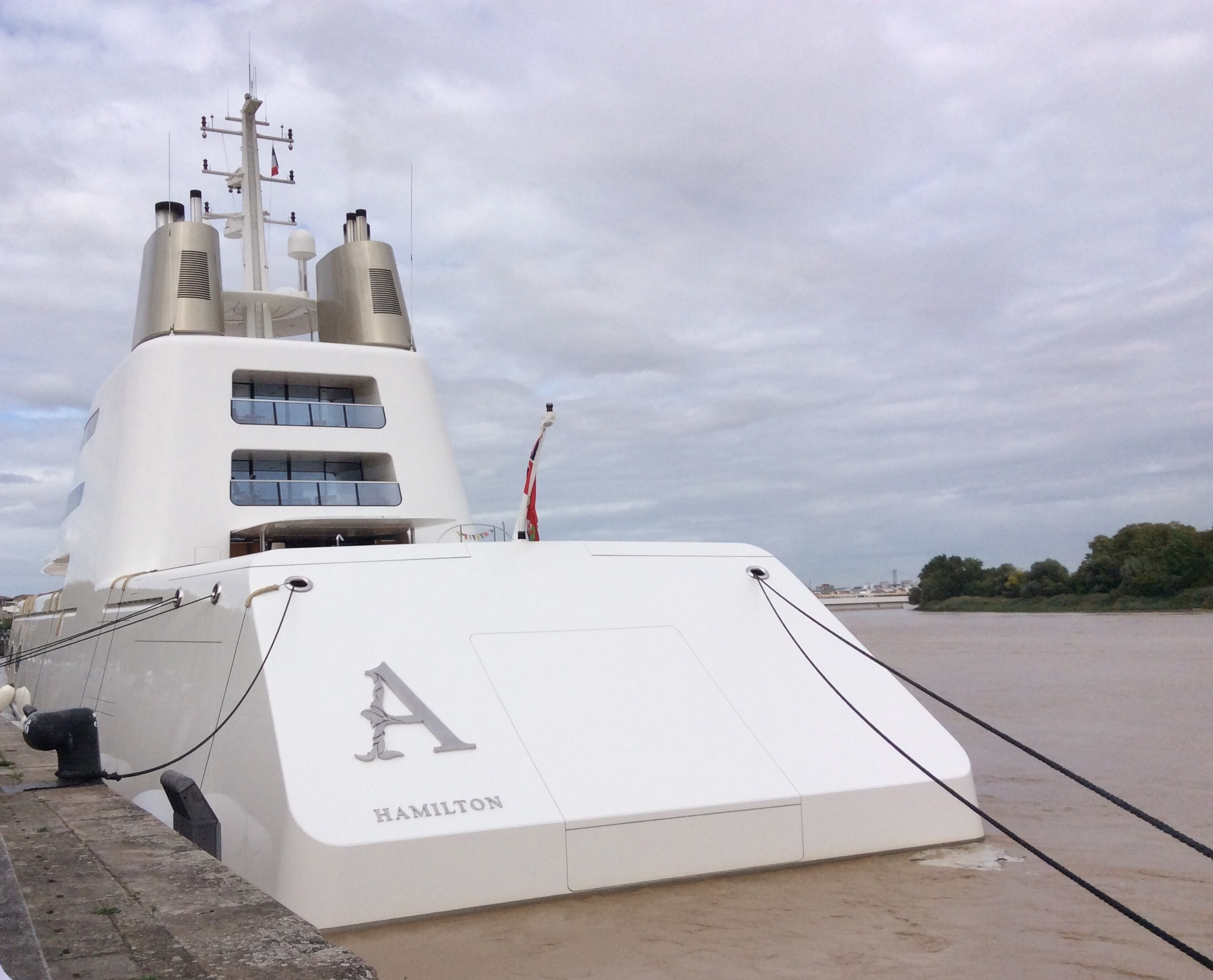 Yacht le A